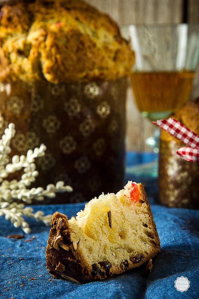 panettone-italian-bread