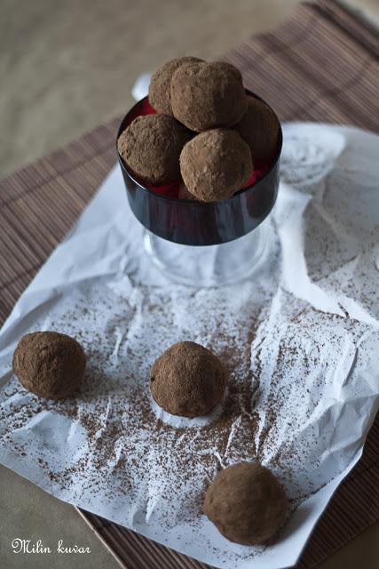 Čokoladne trufle sa suvim šljivama