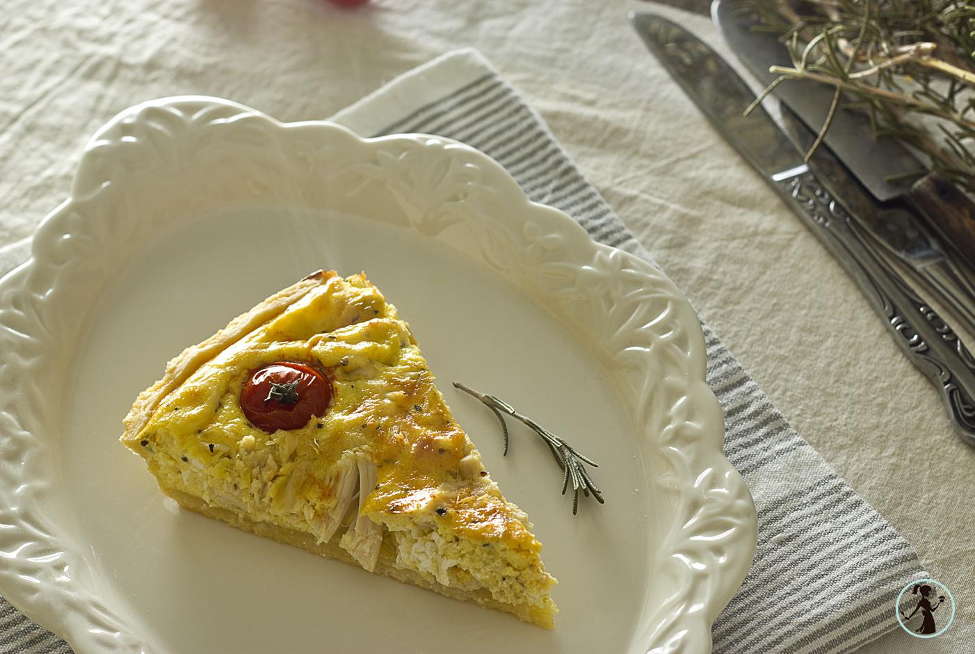 Tart sa piletinom i čeri paradajzom