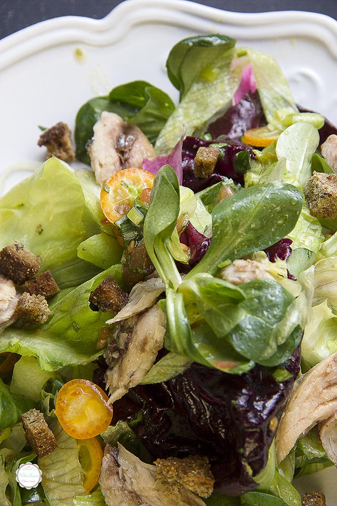 salata sa kukvatom i skušom