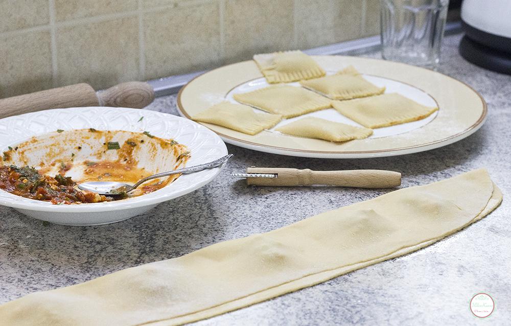 making raviolli