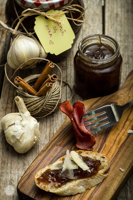 Džem od pečenog belog i karamelizovanog crnog luka