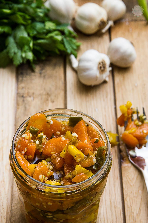 Ljutenica od šargarepe i papričica
