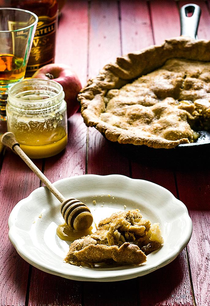 {Za 24Kitchen-BestFood magazin} Mirisna pita od jabuka sa konjakom i cimetom