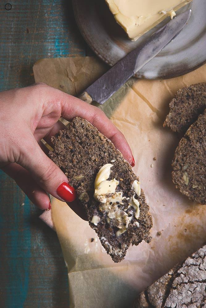 domaci-heljdin-hleb