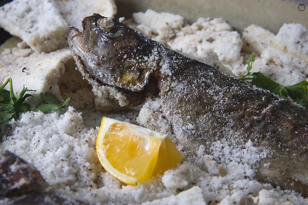 riba-pecena-u-soli