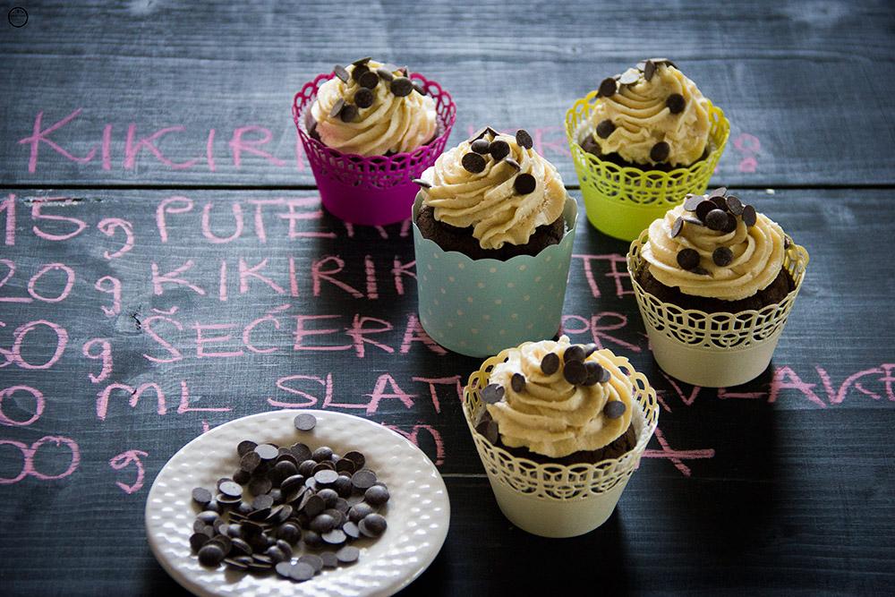 {Video recept} Čokoladni cupcakes sa kikiriki puterom