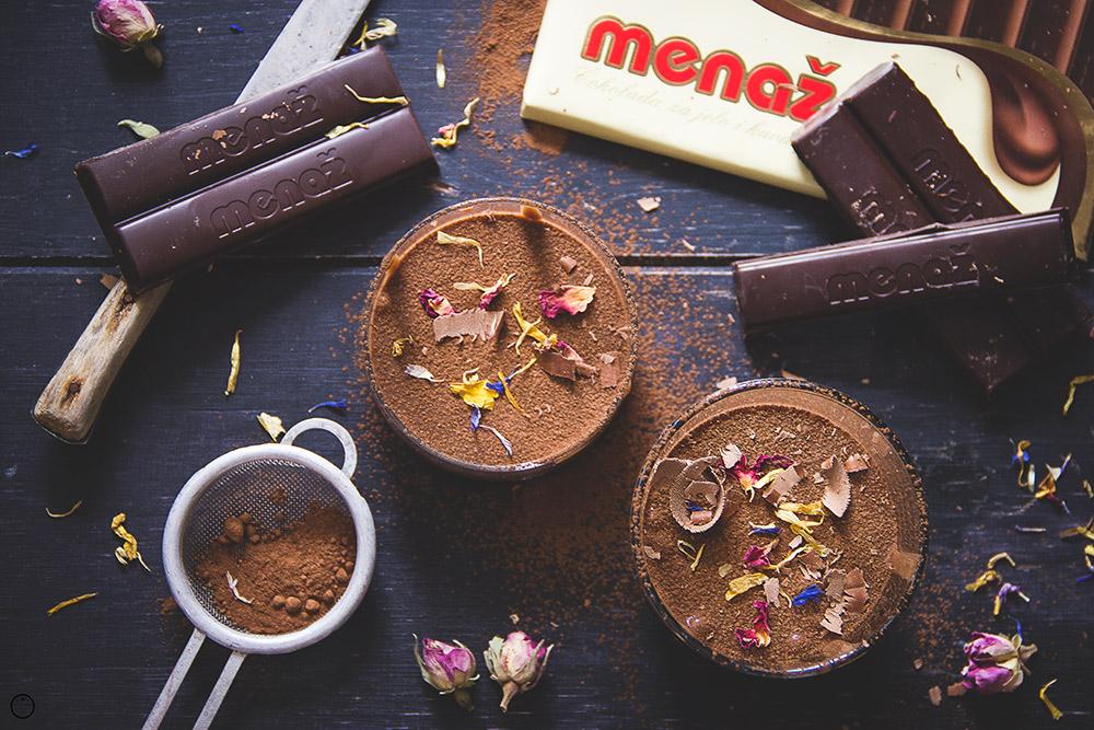 {Menaž} Čokoladna krema sa pijanim suvim grožđem