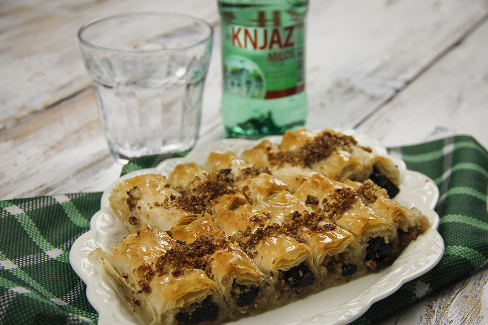 {Video recept} Baklava sa suvim šljivama