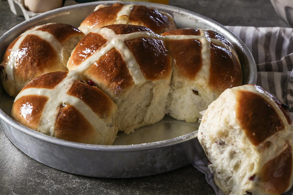 Englesko uskršnje pecivo – Hot cross buns