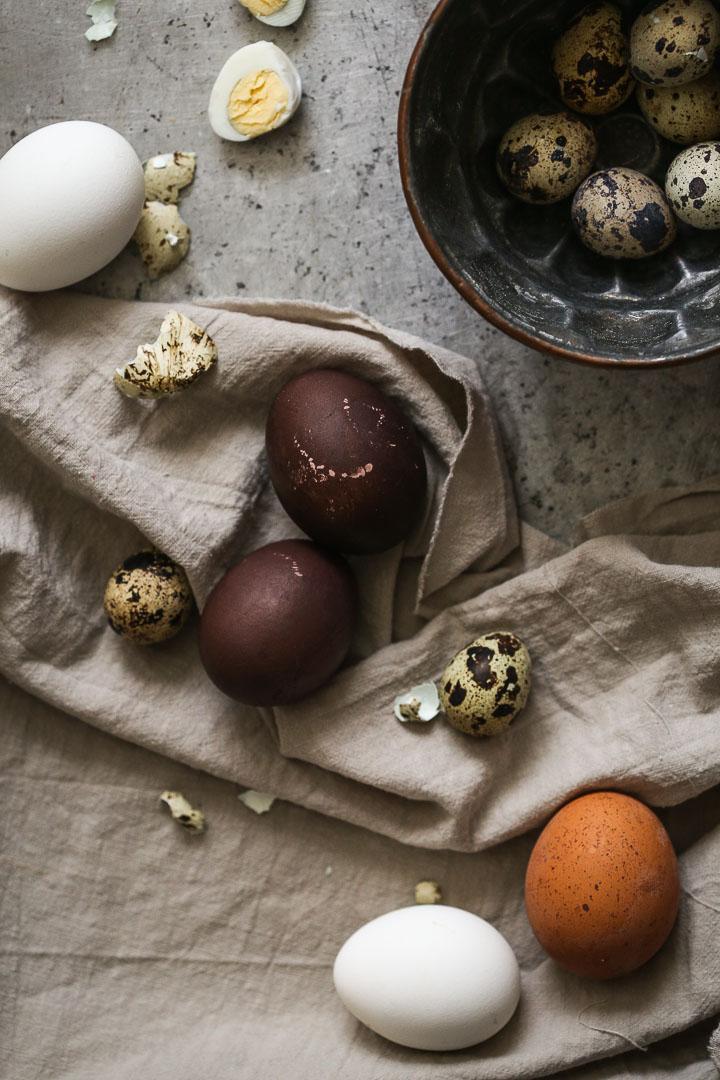 farbanje jaja u vinu