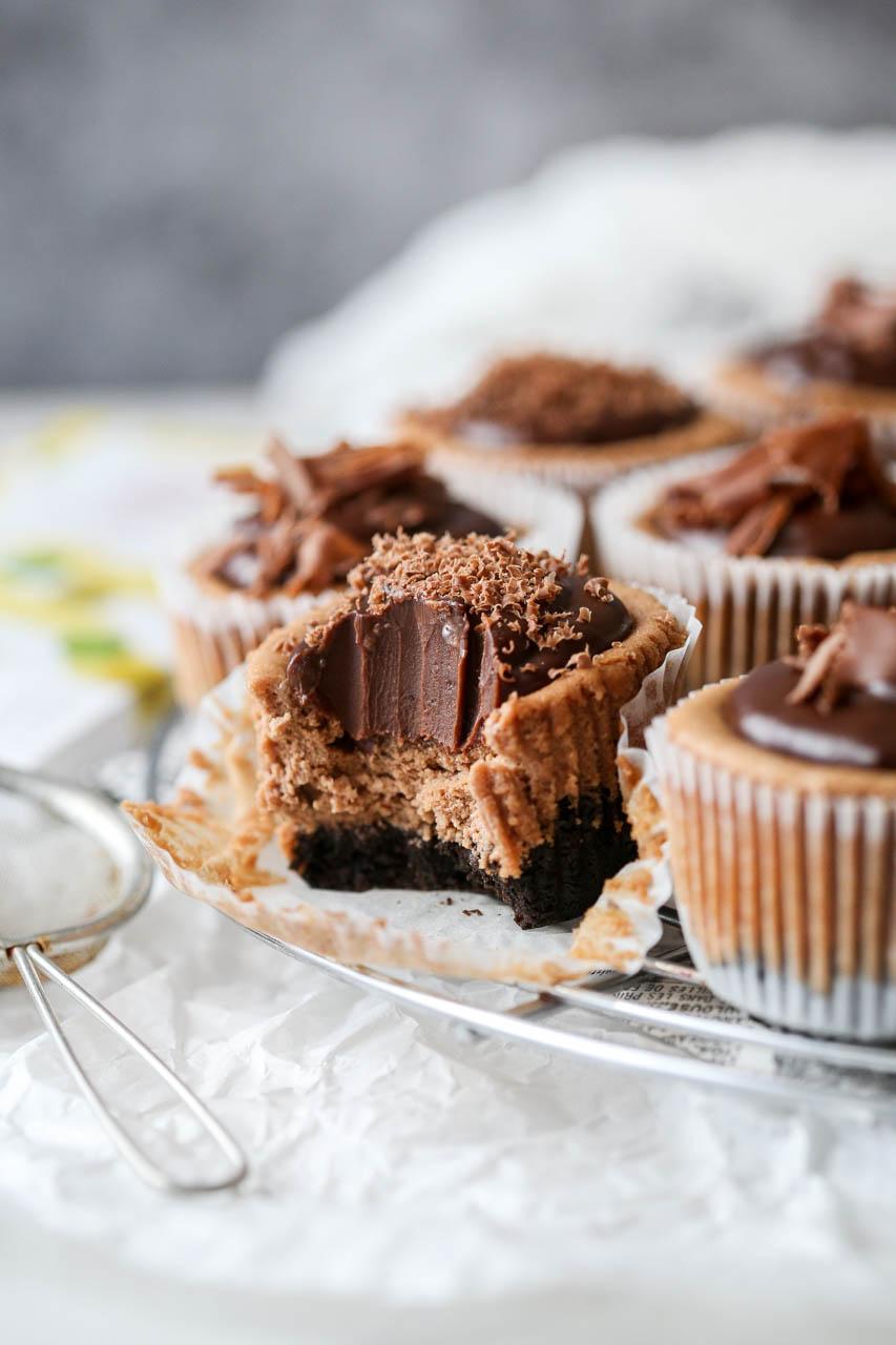 Čokoladni cheesecake u mini porcijama