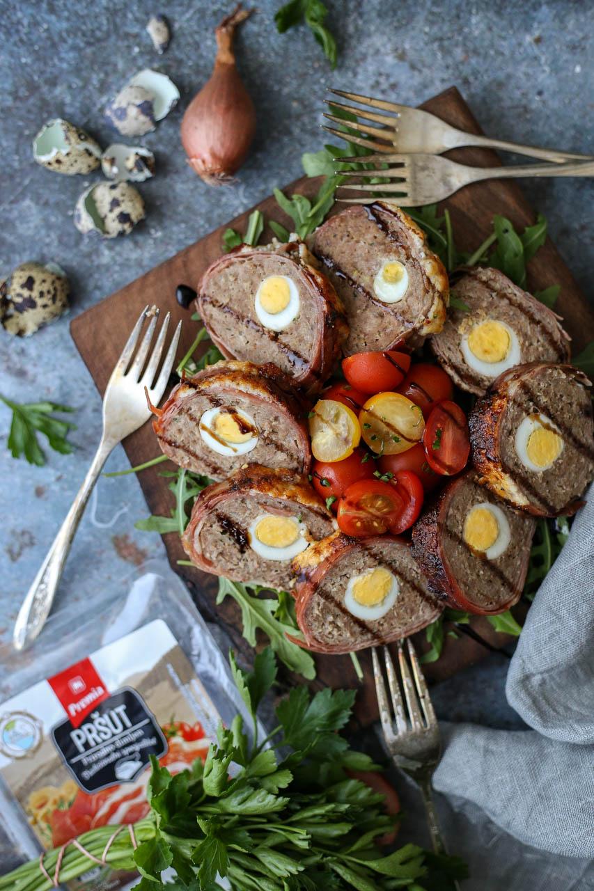 Mesni rolat sa prepeličjim jajima
