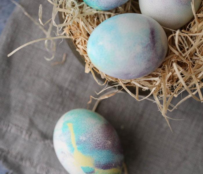 Farbanje jaja penom za brijanje