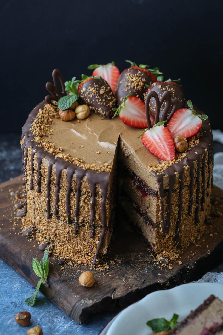 Nutela torta sa jagodama