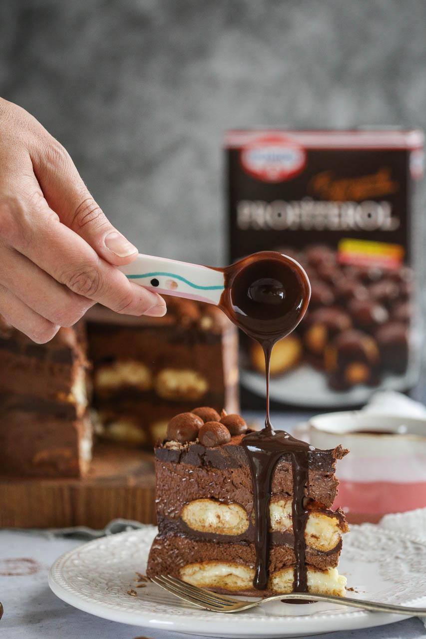 Profiterole torta