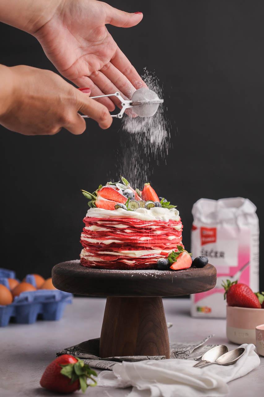 Red Velvet torta od palačinki